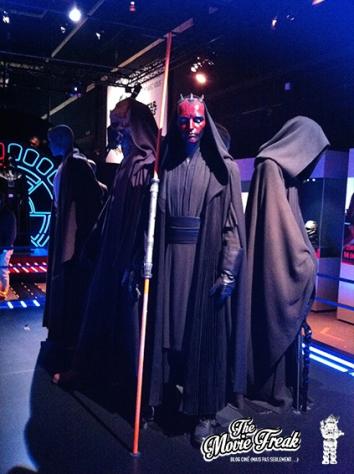 La salle des chevaliers, Jedï et Sith avec l'inquiétant Dark Maul.