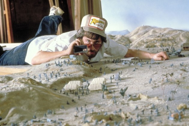 historical-photos-pt6-indiana-jones-raiders-lost-ark-1980