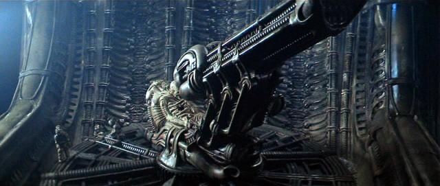 alien1-08-640x271
