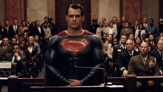 batman_v_superman_les_bons_chiffres_et_la_re_ponse_de_warner_aux_critiques