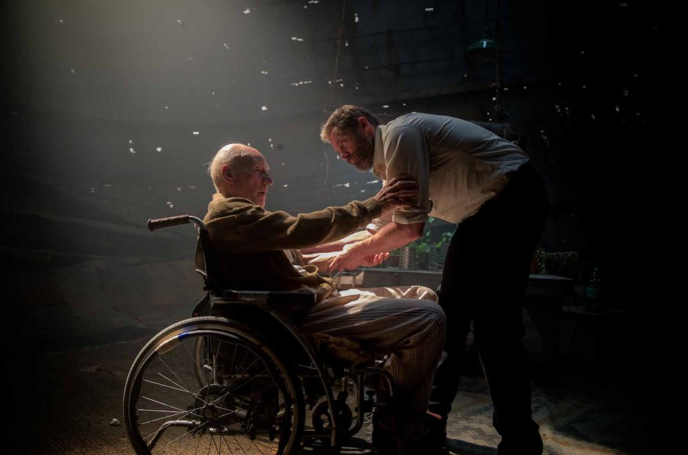 logan-photo-hugh-jackman-patrick-stewart-974778