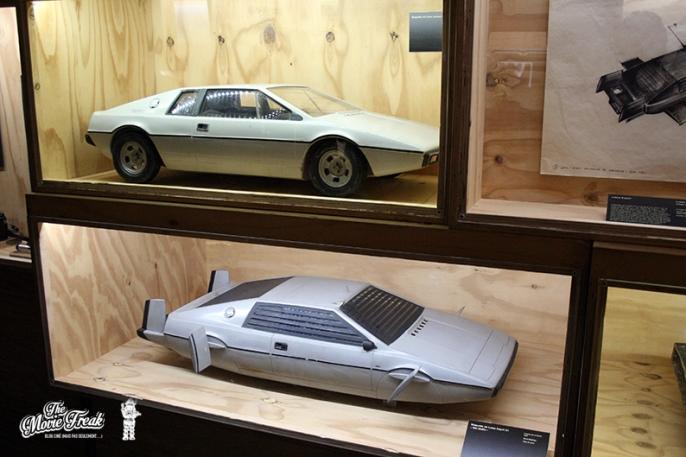Maquettes de la Lotus Esprit amphibie de L'ESPION UI M'AIMAIT