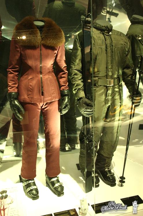 Combinaisons d'Elektra King (Sophie Marceau) et Bond (Pierce Brosnan) dans LE MONDE NE SUFFIT PAS